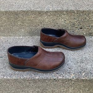 Dansko Professional Women's Clogs 8.5-9